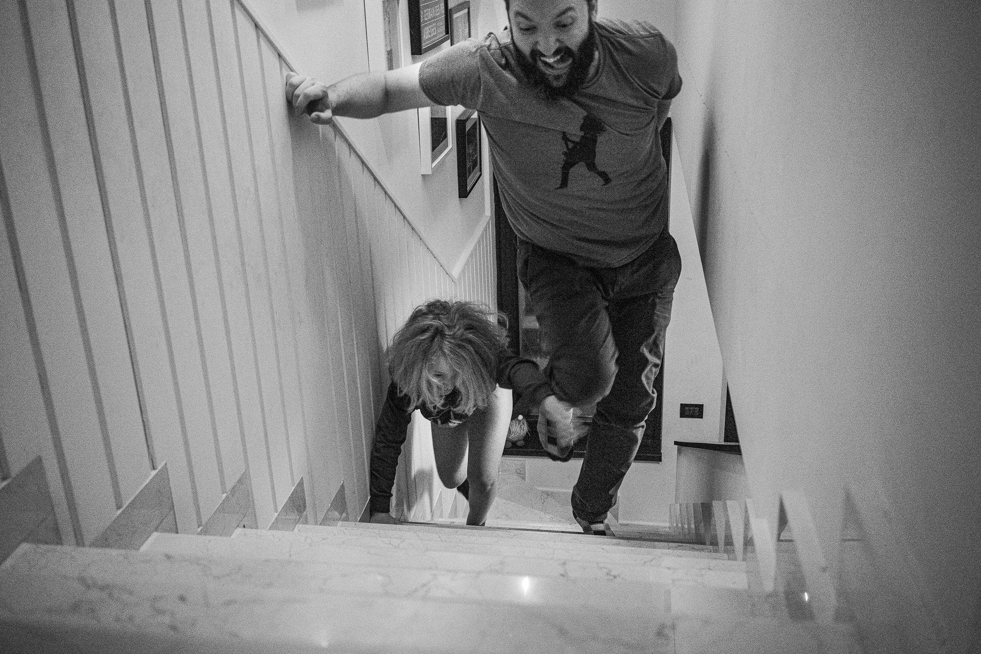 A bukaresti anyuka profi fotóként dokumentálja családja életét.