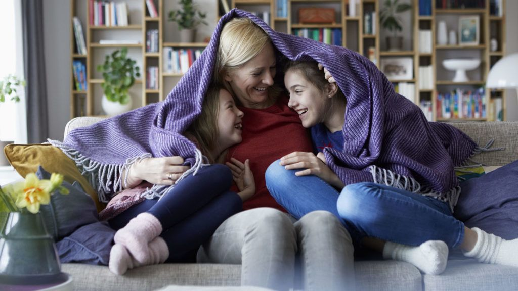 Ha mellőzzük az érintkezést, a gyerekek csak még jobban összezavarodhatnak (Fotó: Getty Images)