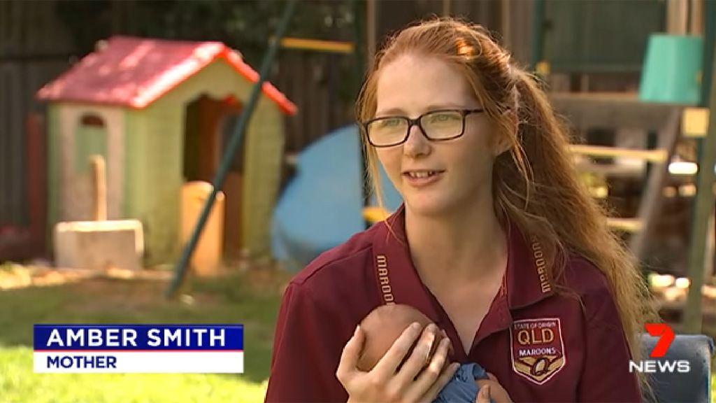 fiatalon szült az ausztrál lány, babával a karján nyilatkozik