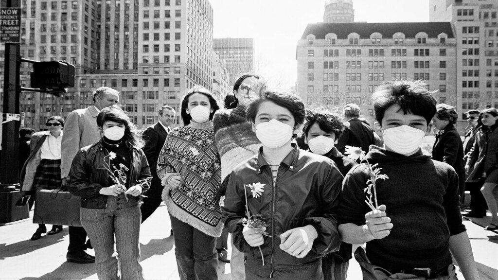 Fiatalok demonstrálnak az első Föld napján, 1970-ben New Yorkban. Forrás: Getty Images