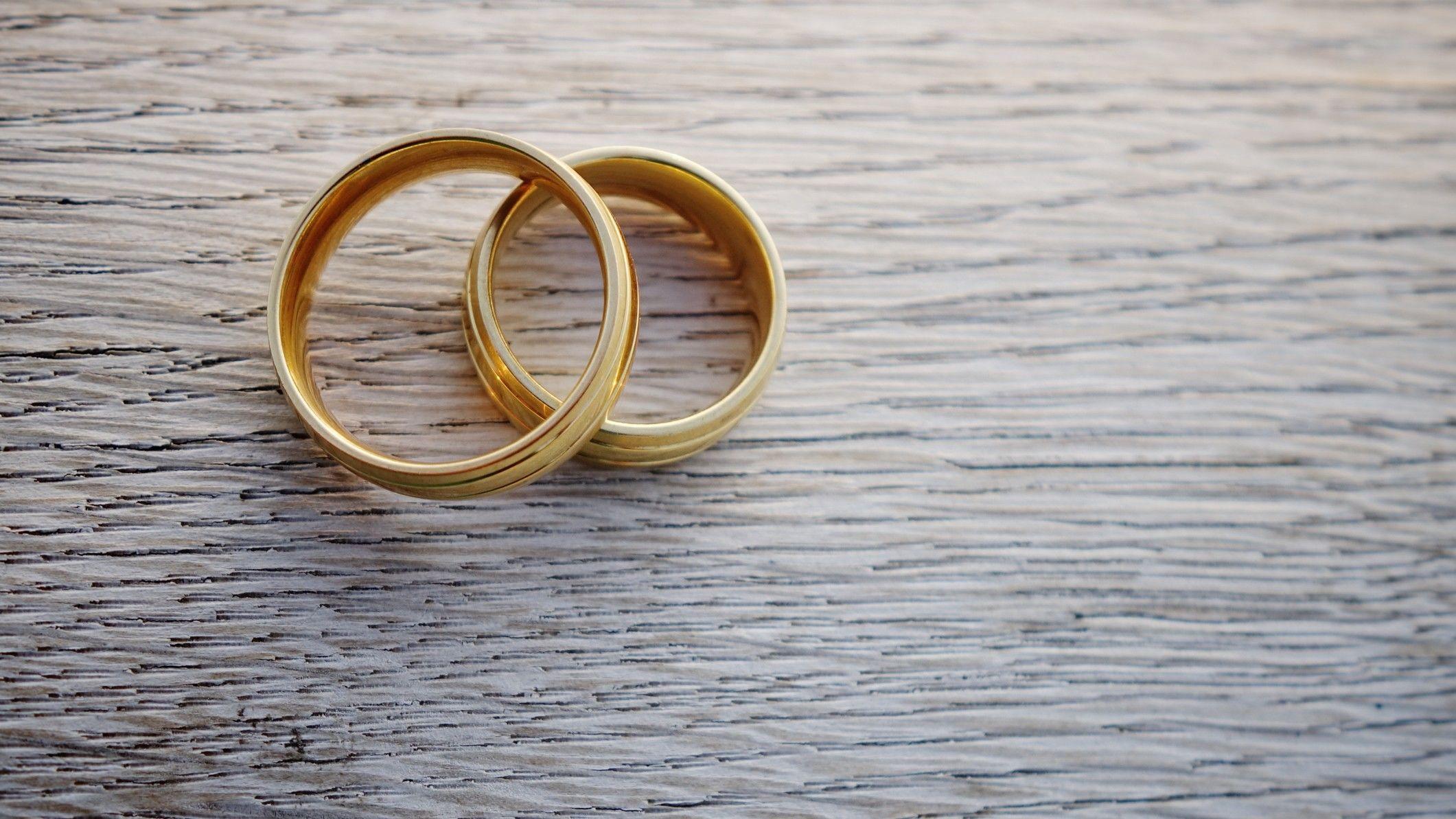 jegygyűrű esküvő házasság