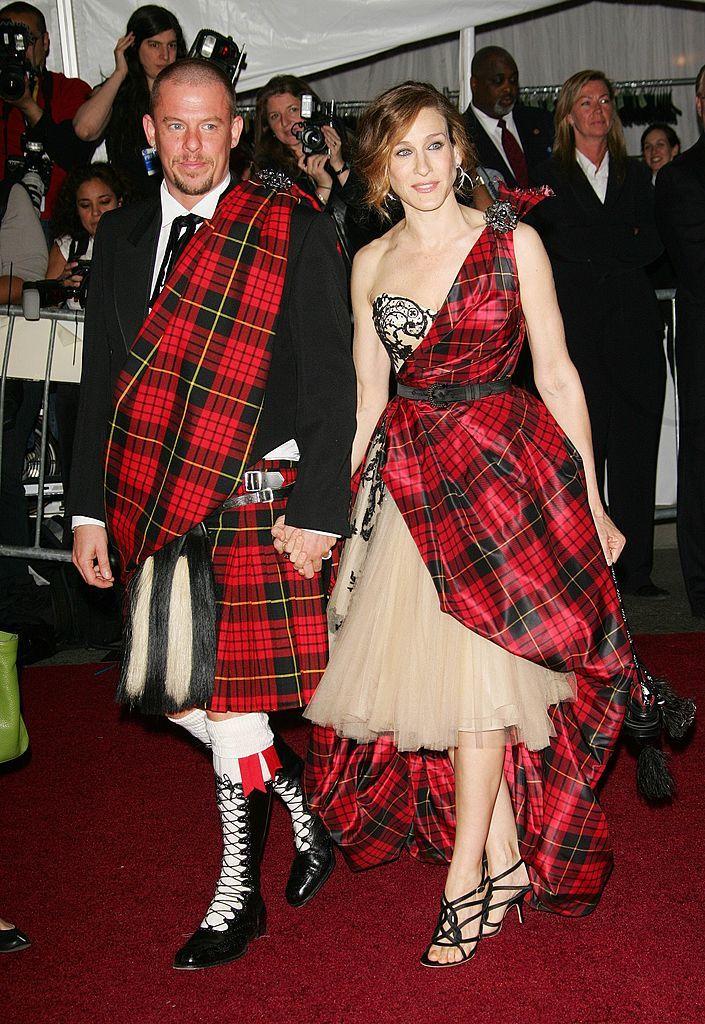 Sarah Jessica Parker és Alexander McQueen