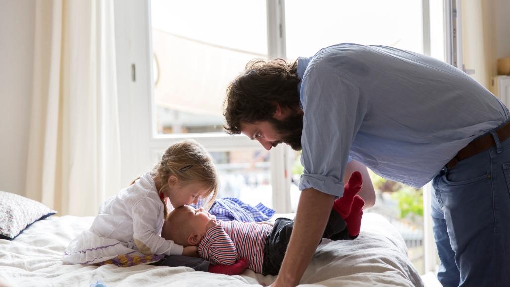 A jó szexuális élethez az kell, hogy apa gondoskodjon a gyerekeiről
