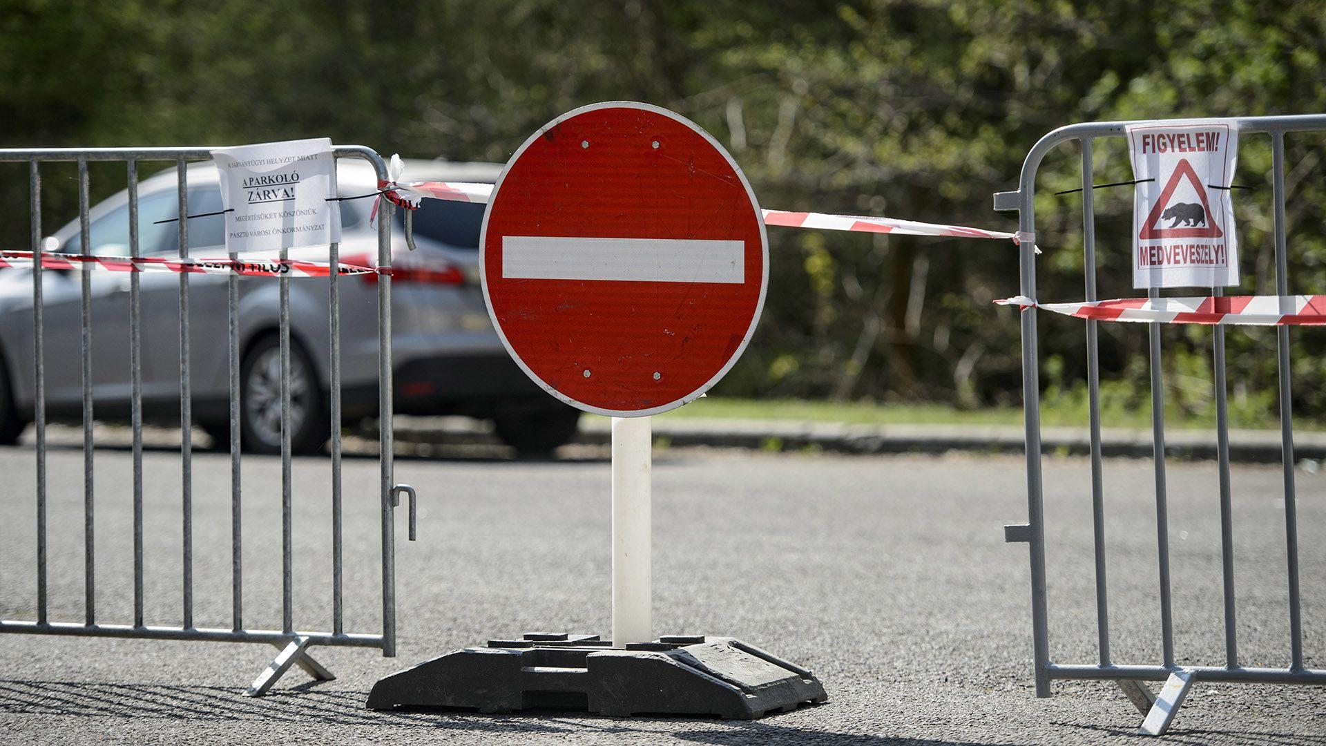 Több városban szigorítják az eddigi kijárási korlátozást