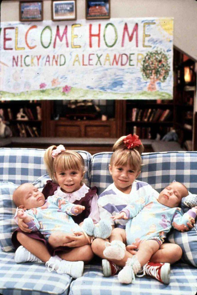 Mary-Kate és Ashley Olsen egészen kiskorukban kerültek be Hollywoodba (Fotó IFA Film / United Archives / Profimedia)