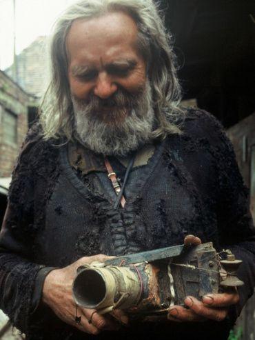 Miroslav Tichý és a híres fényképezőgép