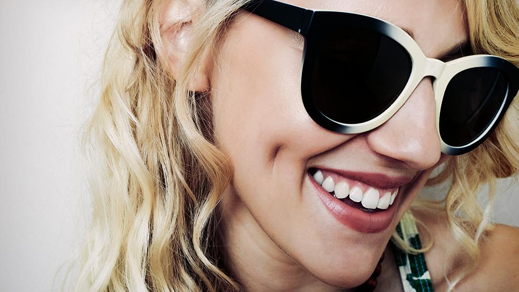 Nem csak a formára figyeljünk napszemüveg vásárlásnál, a minőségre is.