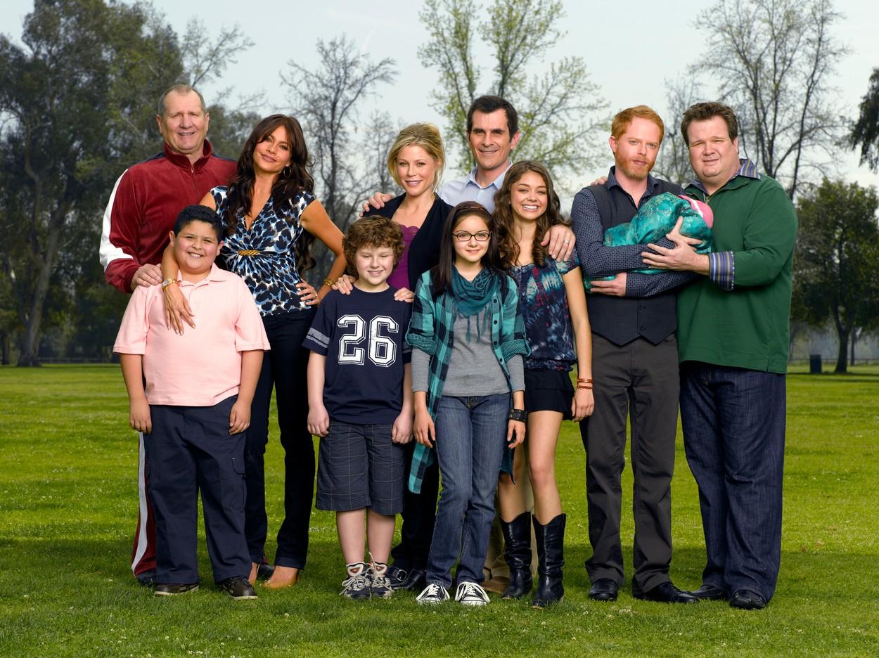 A Modern család szereplői 2009-ben, az első évad forgatásán