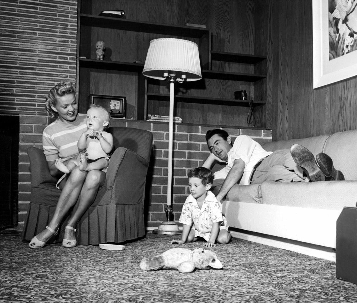 Gregory Peck és első felesége