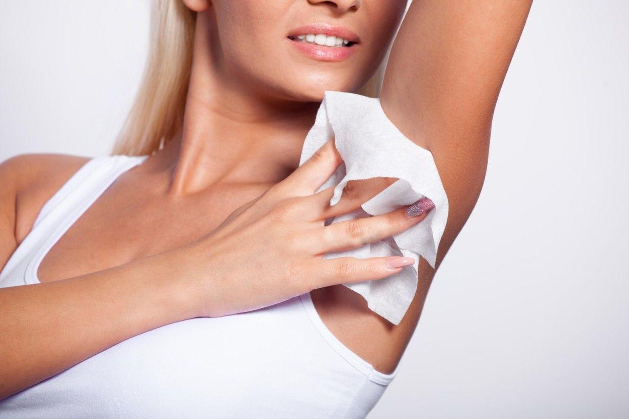 A hónalj verejtékezésére okozza a legtöbb kínos pillanatot - pedig nem is itt izzad a bőrünk a legintezívebben