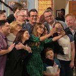 A Modern család stábja 2020-ban, az utolsó epizód forgatása után