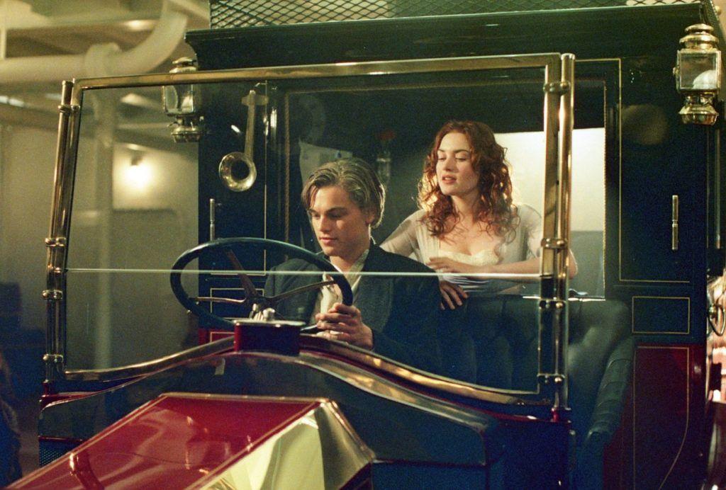 Leonardo DiCaprio és Kate Winslet az emlékezetes autós jelenetben (Fotó: Image Capital Pictures / Film Stills / Profimedia)