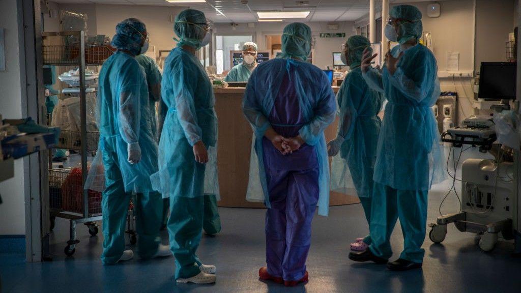 Személyzet egy francia kórházban
