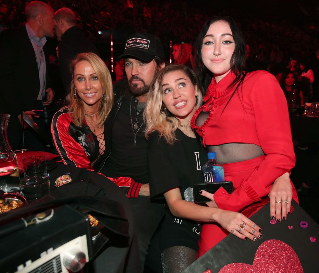 A Cyrus család
