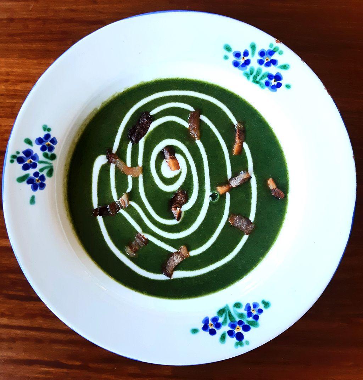 A csalánból finom leves készíthető