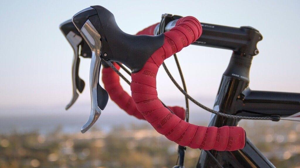 A biciklizés egészséges sport.