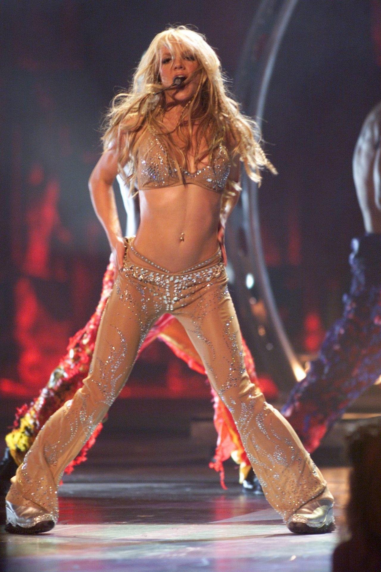 Britney Spears koncert közben 2000-ben