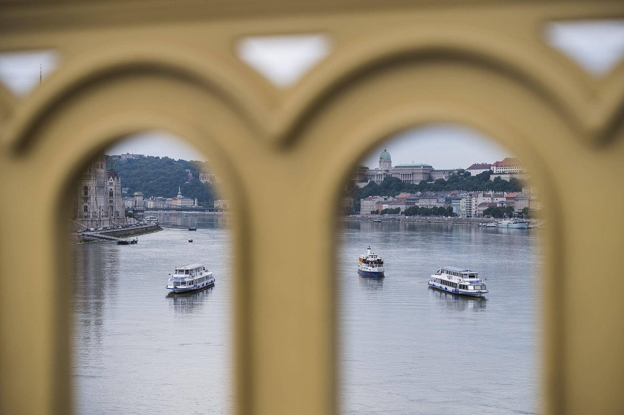2019. május 29-én, este 9 óra után a Duna Margit híd alatti szakaszán haladó Viking Sygin szállodahajó a jóval kisebb Hableány turistahajónak ütközött, és maga alá temette azt.