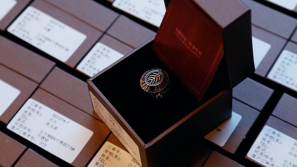 érettségi gyűrű