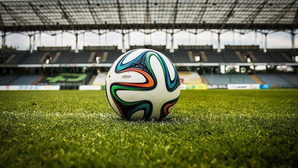 Vége a labda csókolgatásának a dél-amerikai fociban