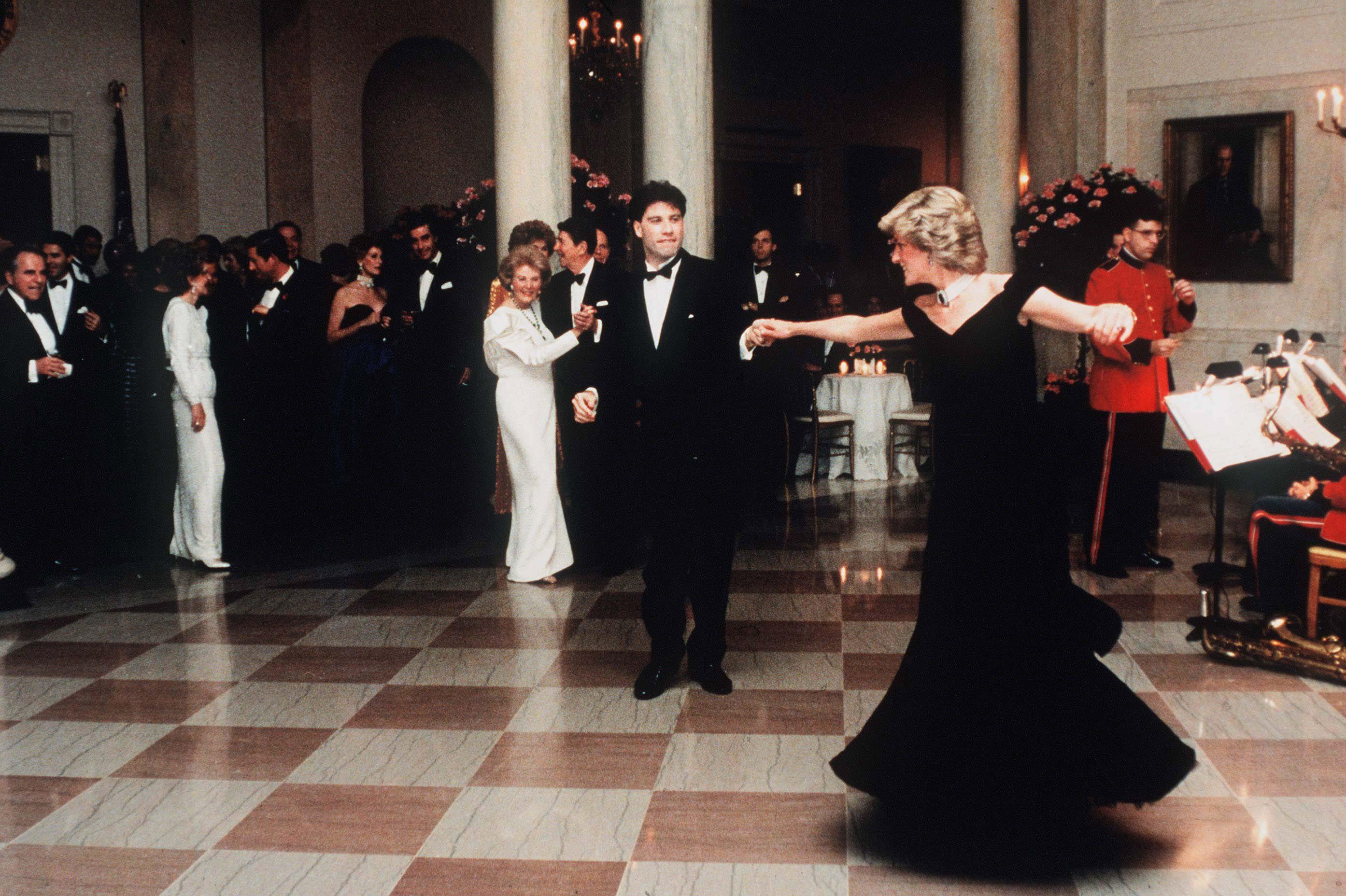 Diana hercegnő és John Travolta tánca