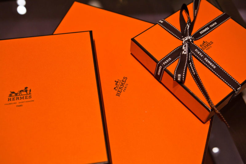A Hermés narancssárga dobozai