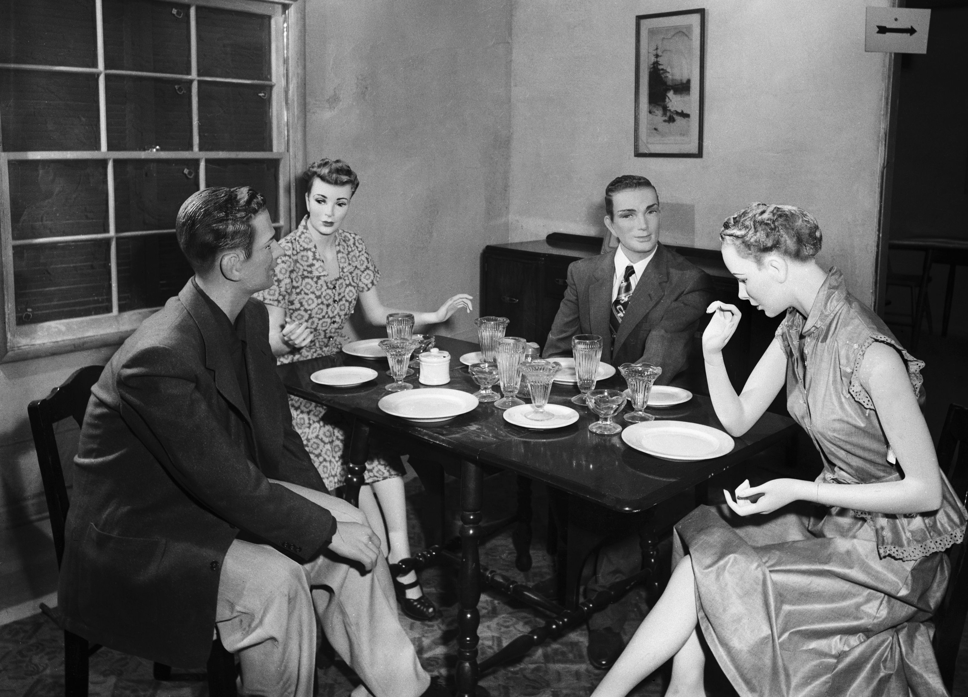 Inkább ne tartsunk családi összejövetelt, amikor mellettünk dobják le az atombombát