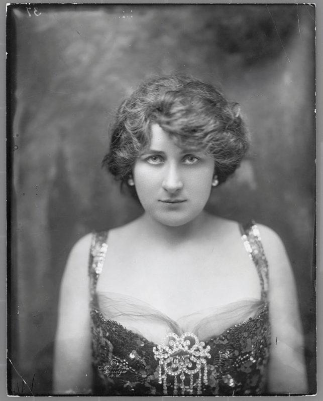 Mary Garden operaénekesnő