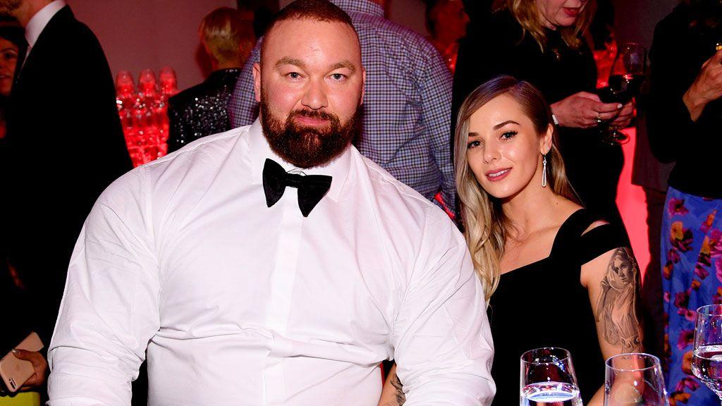 Hafþór Júlíus Björnsson és felesége