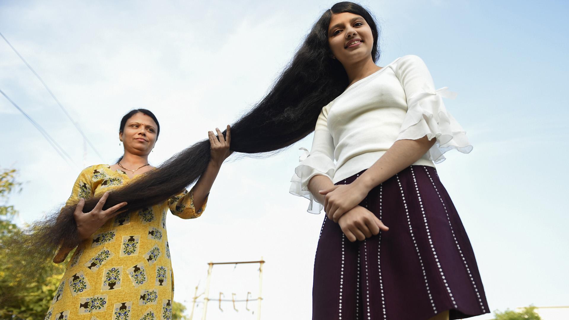 A világ leghosszabb hajú tinije