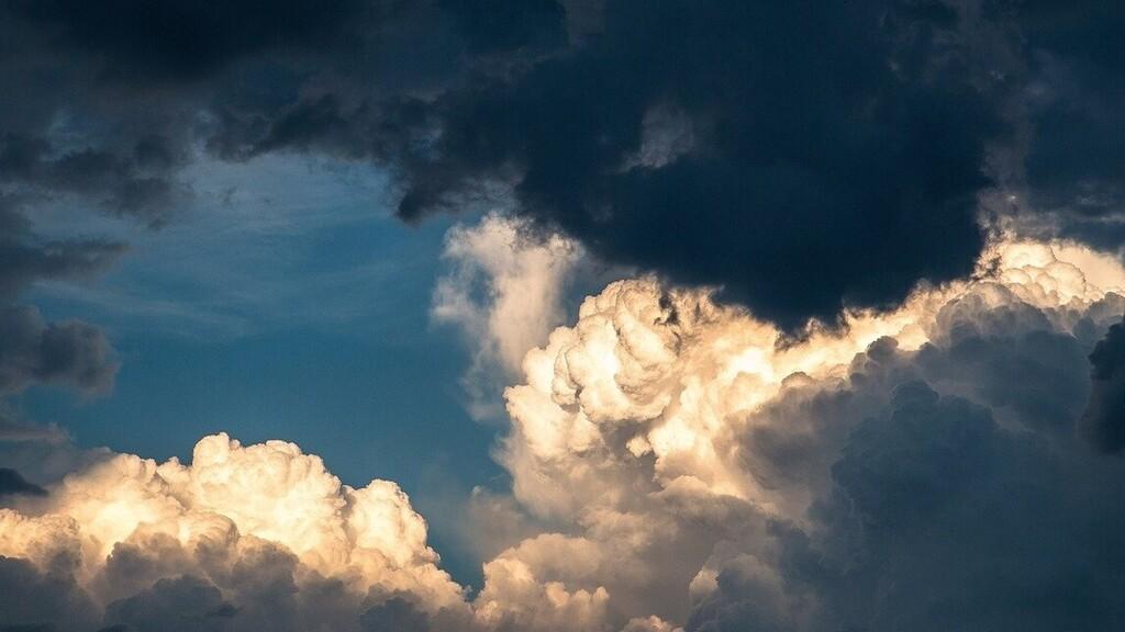 A hétvégén sem várható kánikula, szeszélyes lesz az időjárás május utolsó napjain is