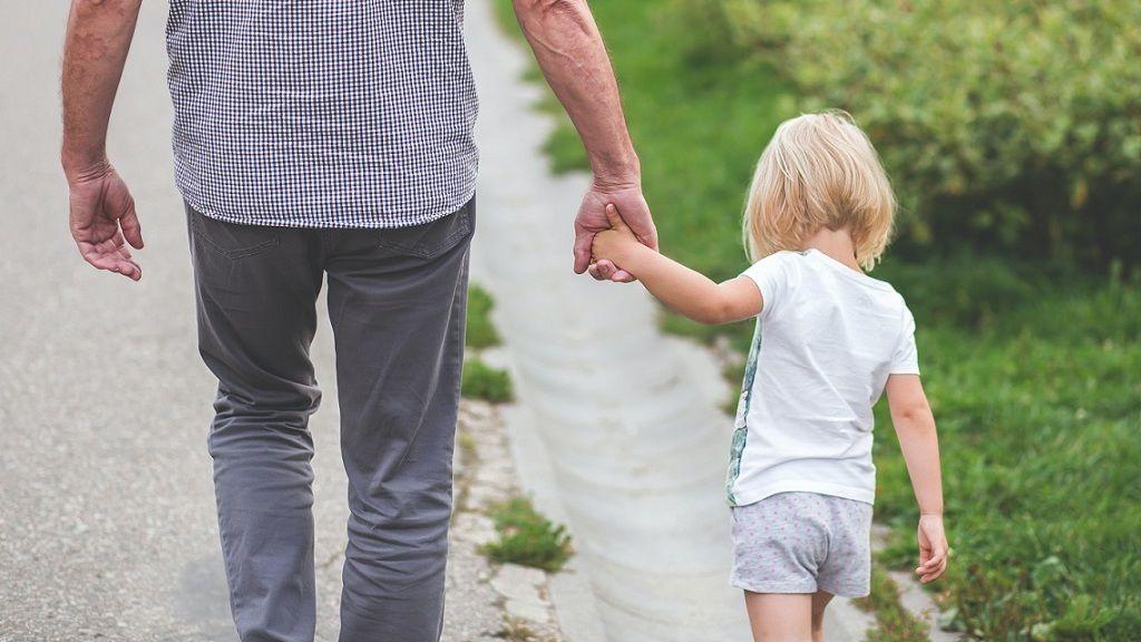 Az elvált szülőknek a járványhelyzet nem lehet kifogás a kapcsolattartás nem betartására, különben jön a büntetés.