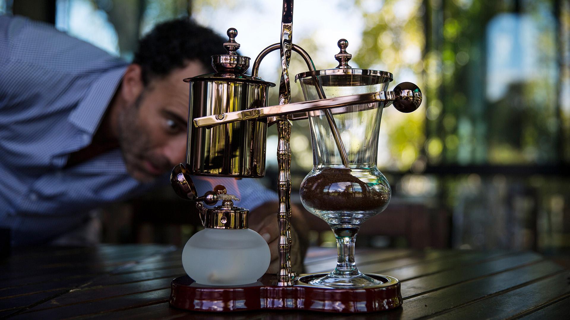 Készül a világ legdrágább kávéja