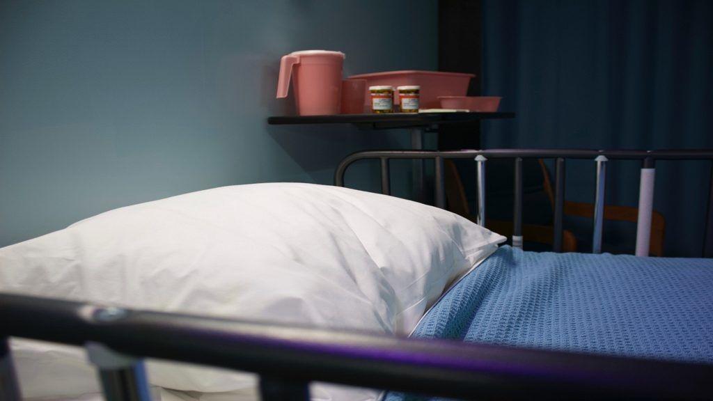 A kórházi várólisták jelentősen torzulnak a koronavírus-járvány miatt.
