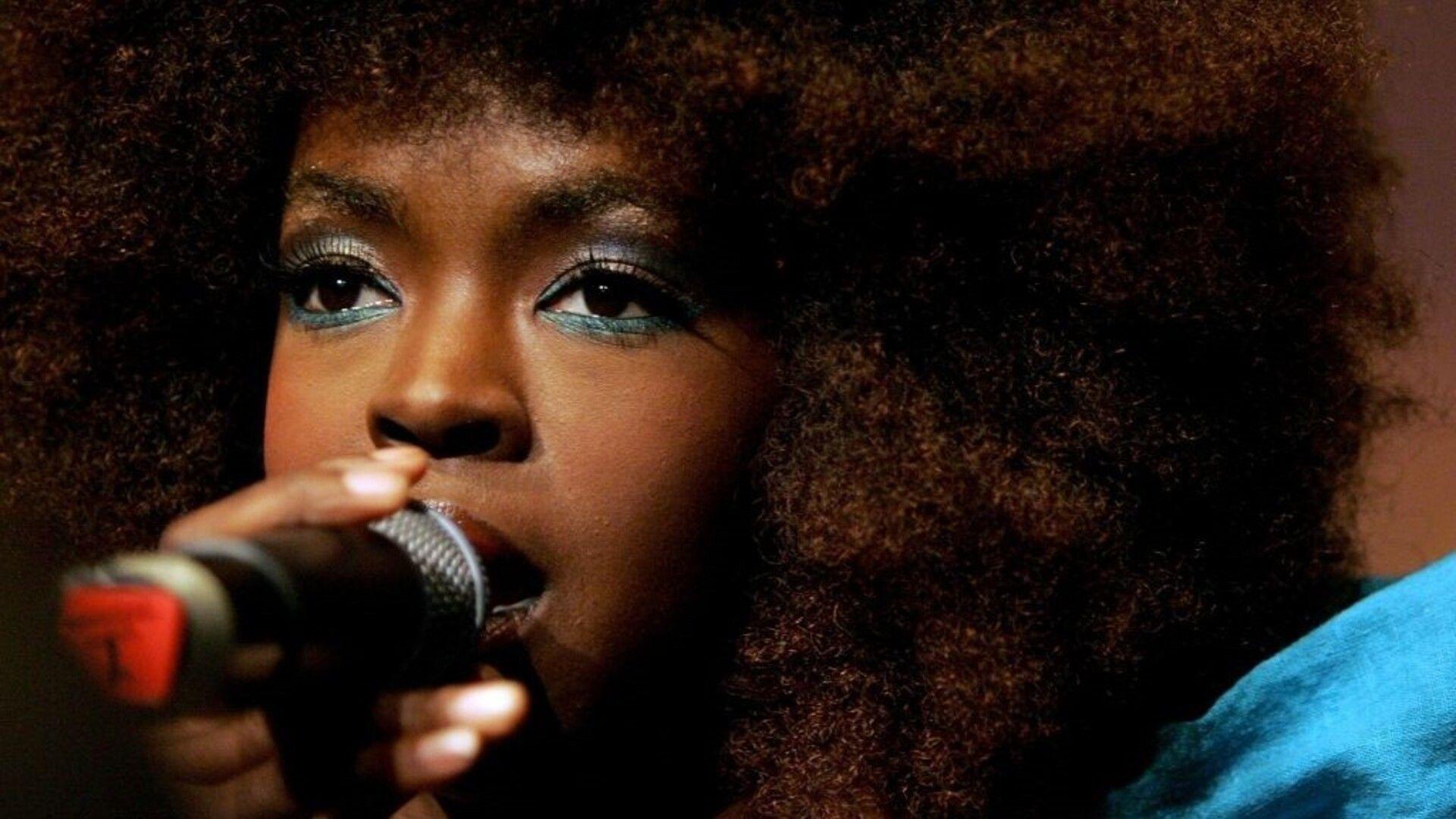 Gyönyörűen indult karriertől a kifütyült koncertig és börtönig - Ma 45 éves Lauryn Hill