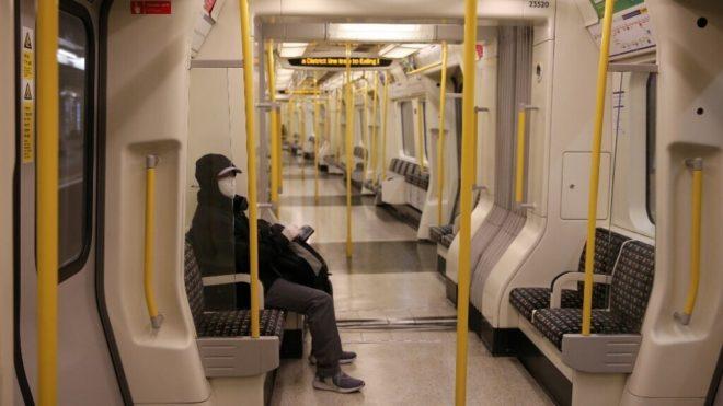 Folyamatosan csökken az új fertőzöttek száma Nagy-Britanniában.