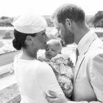 Harry herceg és Meghan hercegné a keresztelőn Archie Harrison Mountbatten-Windsor néhány hónapos volt ekkor