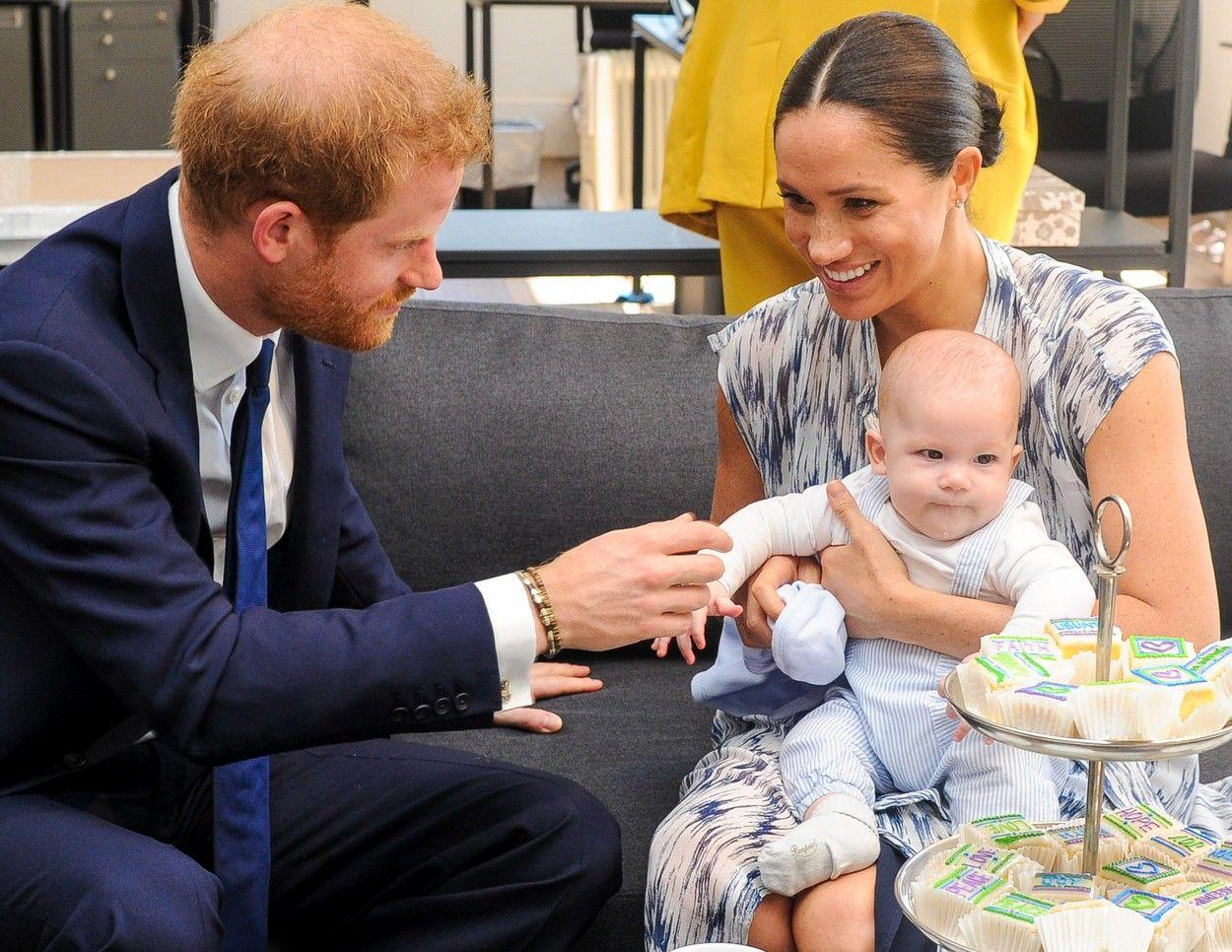 Harry herceg és Meghan Markle ritkán vitték hivatalos eseményre Archie-t