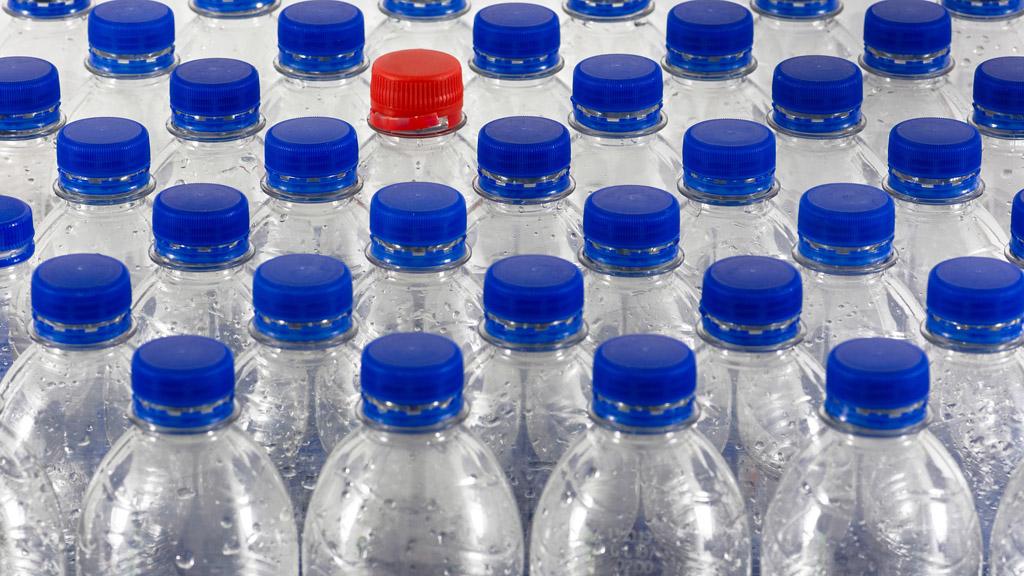 üres műanyag palackok