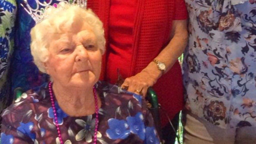 110 éves ausztrál nagymama
