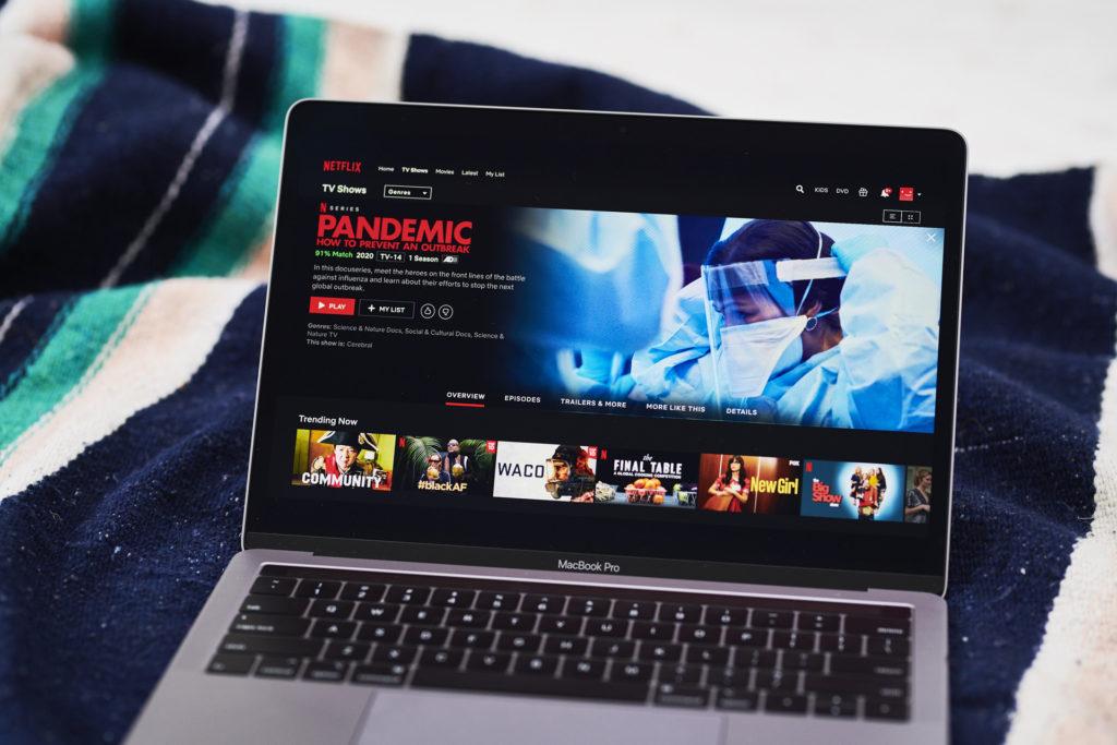 Mozi helyett marad a Netflix