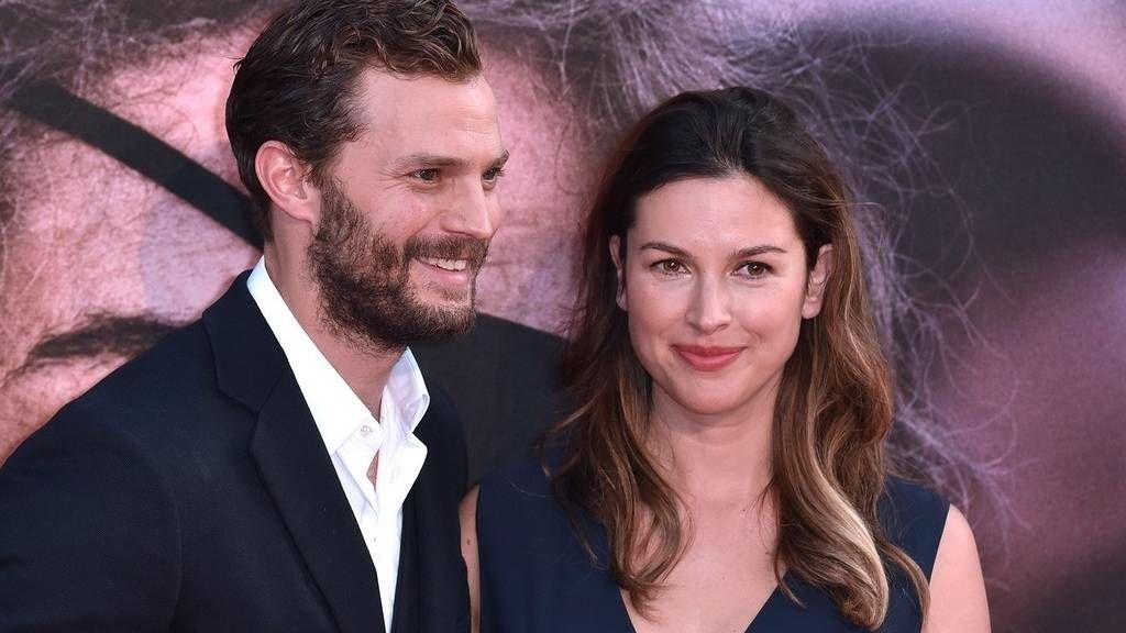 JAmie Dornan és Amelia Warner - a párnak három gyermeke van