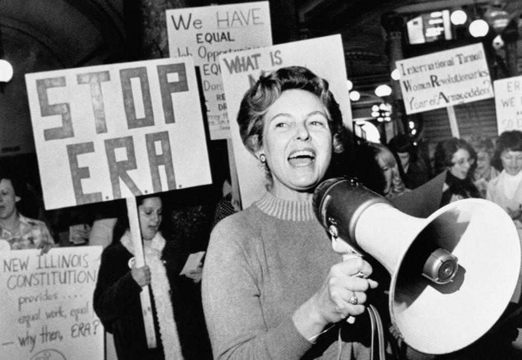 Az antifeminista feminista, aki sokat tett az esélyegyenlőség ellen