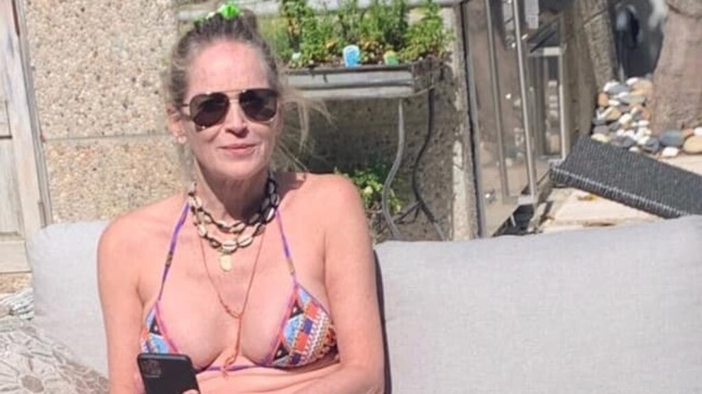 Elképesztő formában van a 62 éves Sharon Stone, bikinis fotókat posztolt.