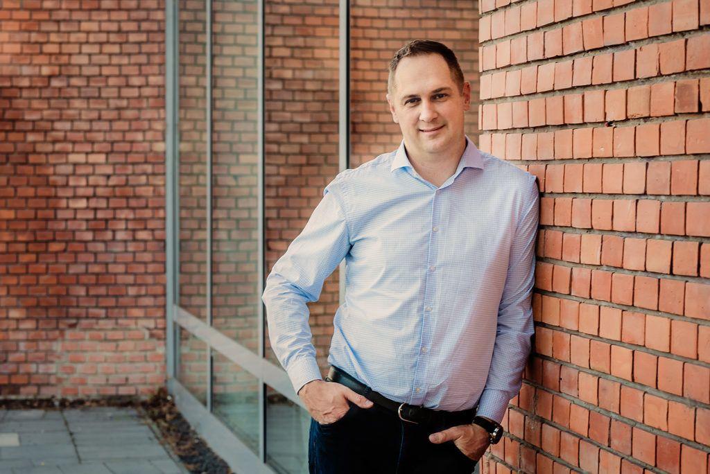 Steigervald Krisztián, a generációk harca című könyv szerzője, generációkutató