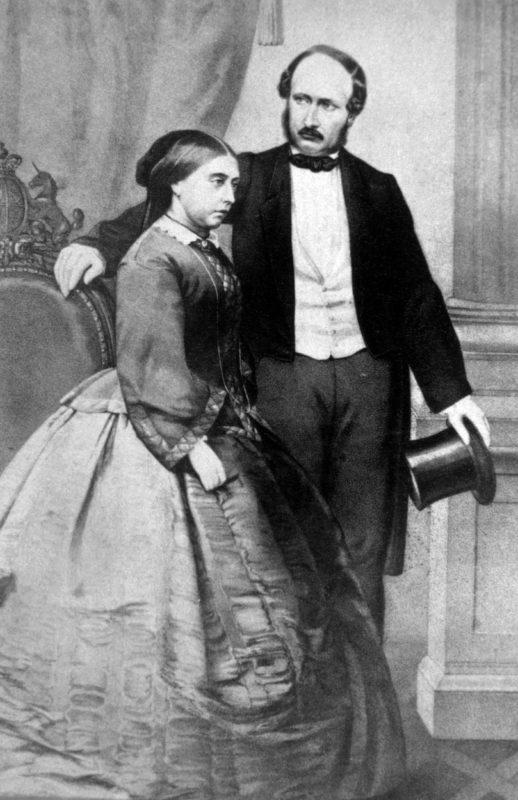 Viktória királynő és Albert herceg (Fotó: Jerry Tavin / Everett / Profimedia)
