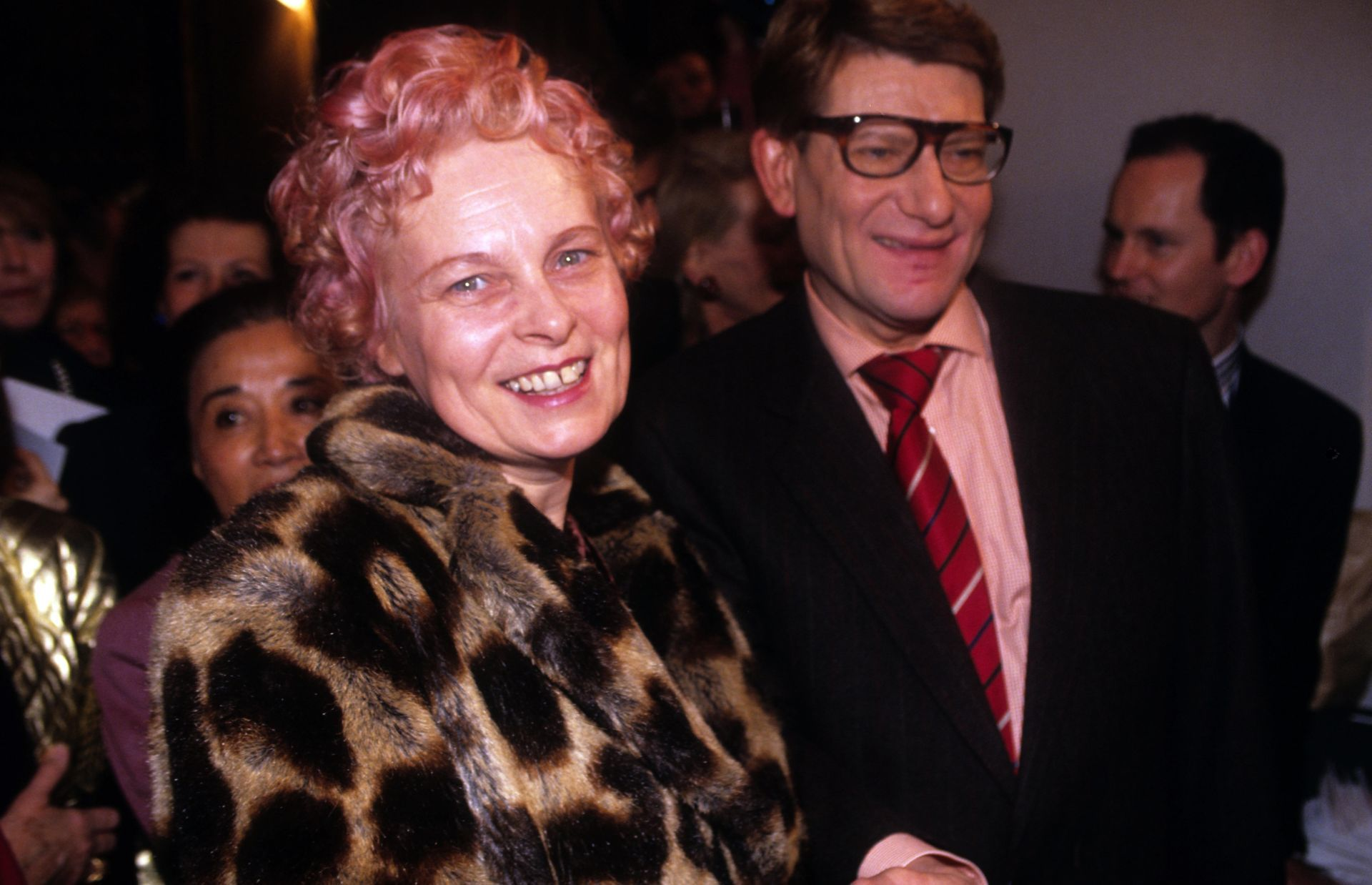 Vivienne Weswood és Yves Saint Laurent 1991-ben.