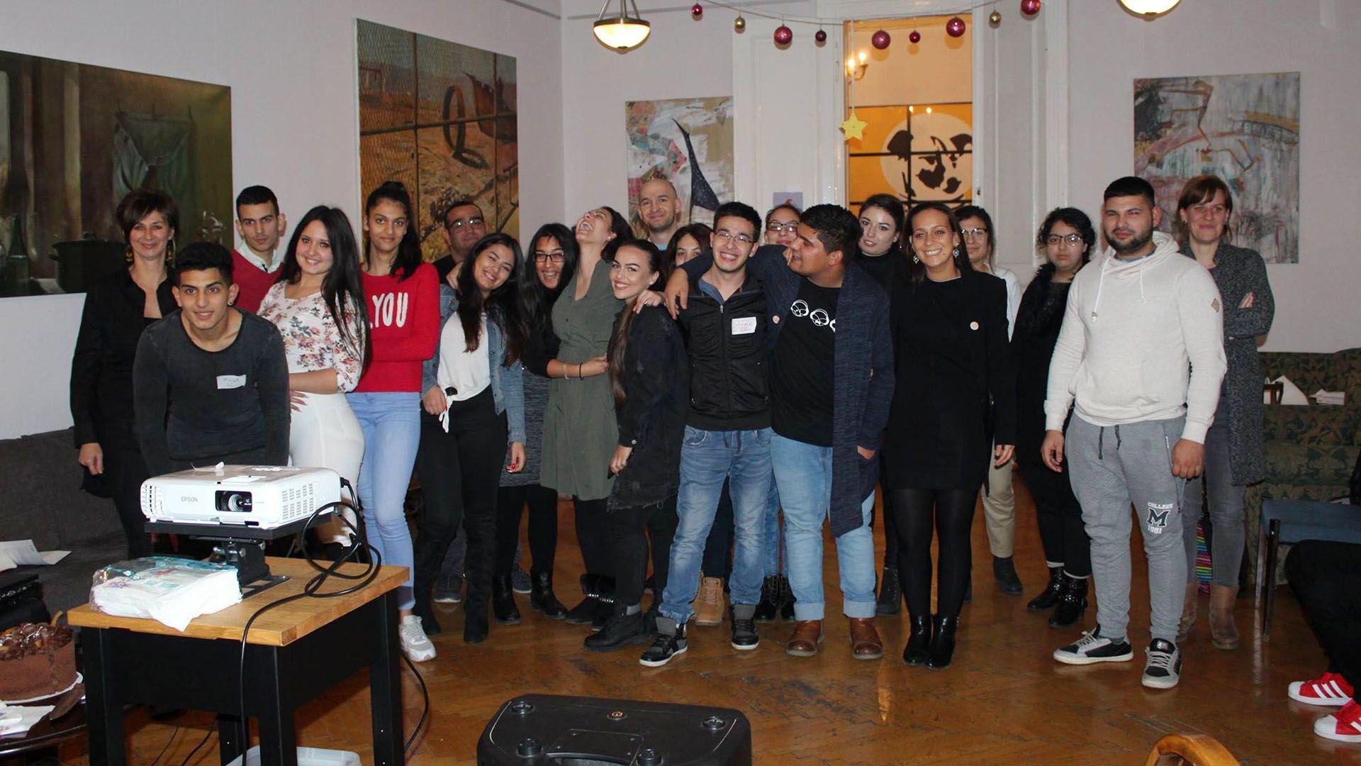 Felsőoktatásba segíti a roma gyerekeket a Romaversitas
