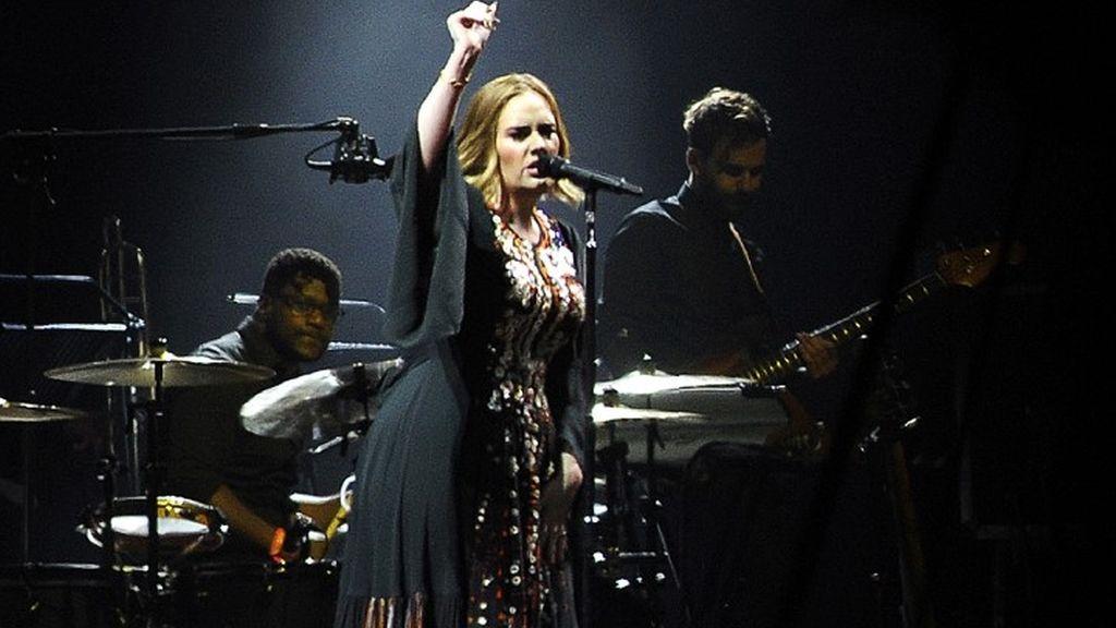 Adele 2016-ban