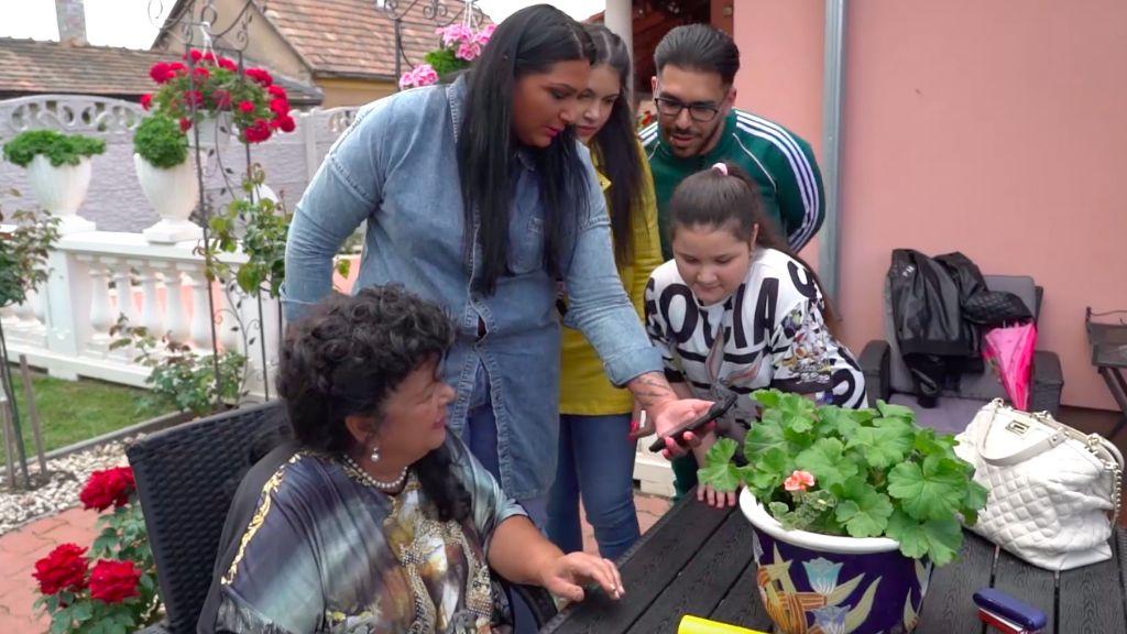 Bangó Margit és a családja
